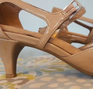 abd47ed976 AEROSOLES Shoes | Ardent Brand New Nude Patent Pumps | Poshmark